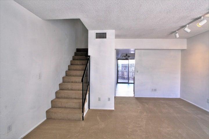 2172 N 1St Avenue, Tucson, AZ 85719