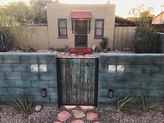 2423 N Santa Rita Avenue, Tucson, AZ 85719