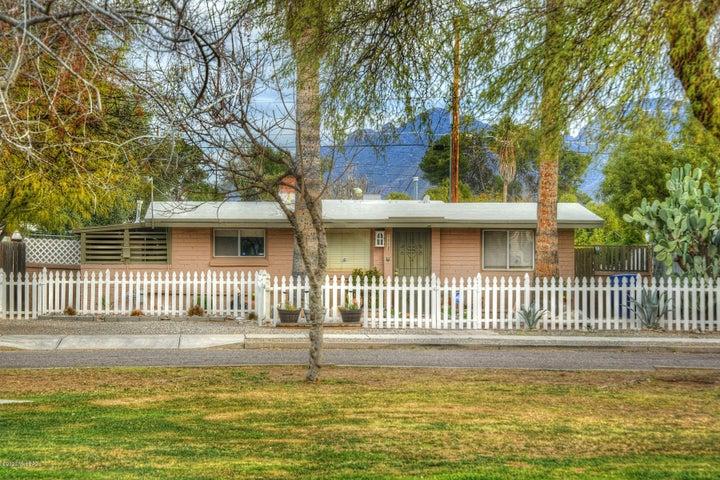 1113 E Mitchell Street, Tucson, AZ 85719