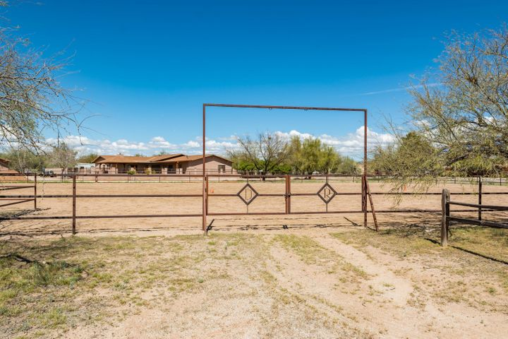8521 N Aspen Avenue, Tucson, AZ 85704