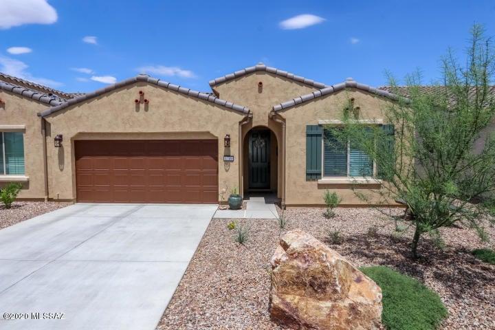 1709 E Sage Thrasher Drive, Green Valley, AZ 85614