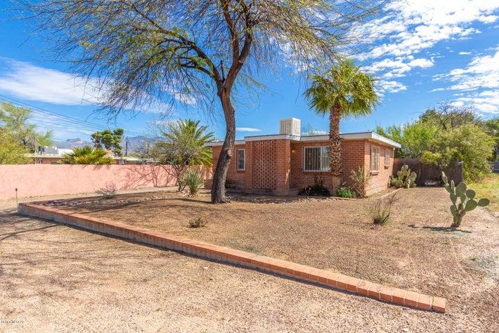 2848 N Fontana Avenue, Tucson, AZ 85705
