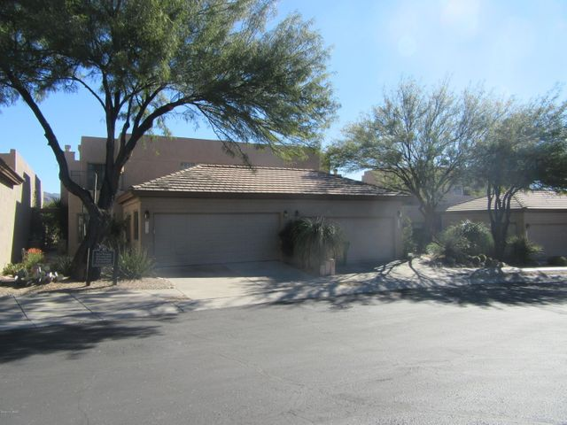 6130 N Running Deer Circle, Tucson, AZ 85750