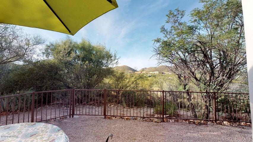 3698 W Placita Del Correcaminos, Tucson, AZ 85745