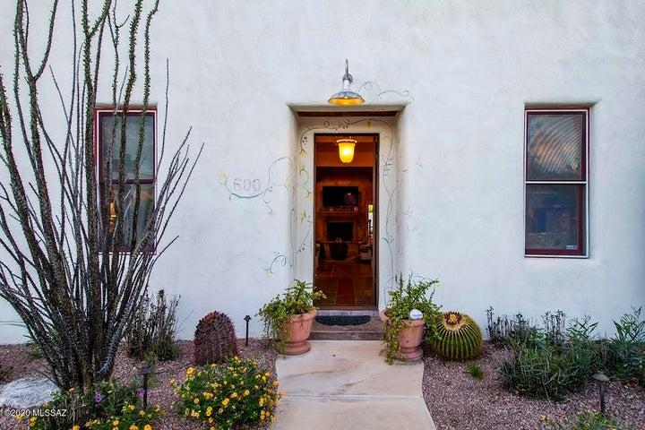 600 S 9Th Avenue, Tucson, AZ 85701