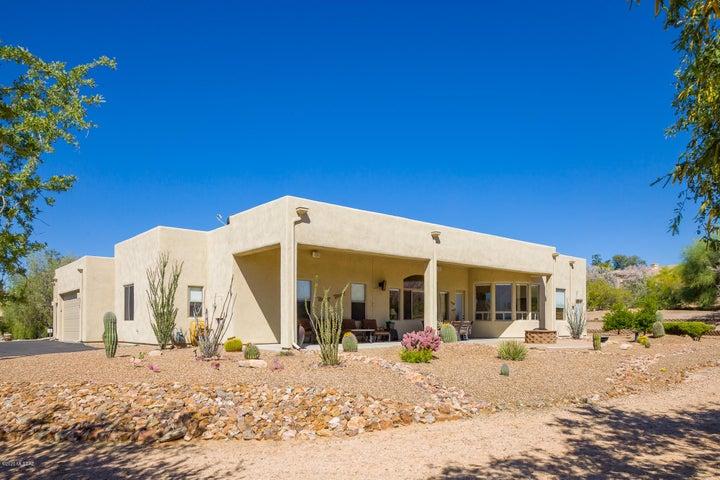 2222 W La Cresta Road, Tucson, AZ 85742