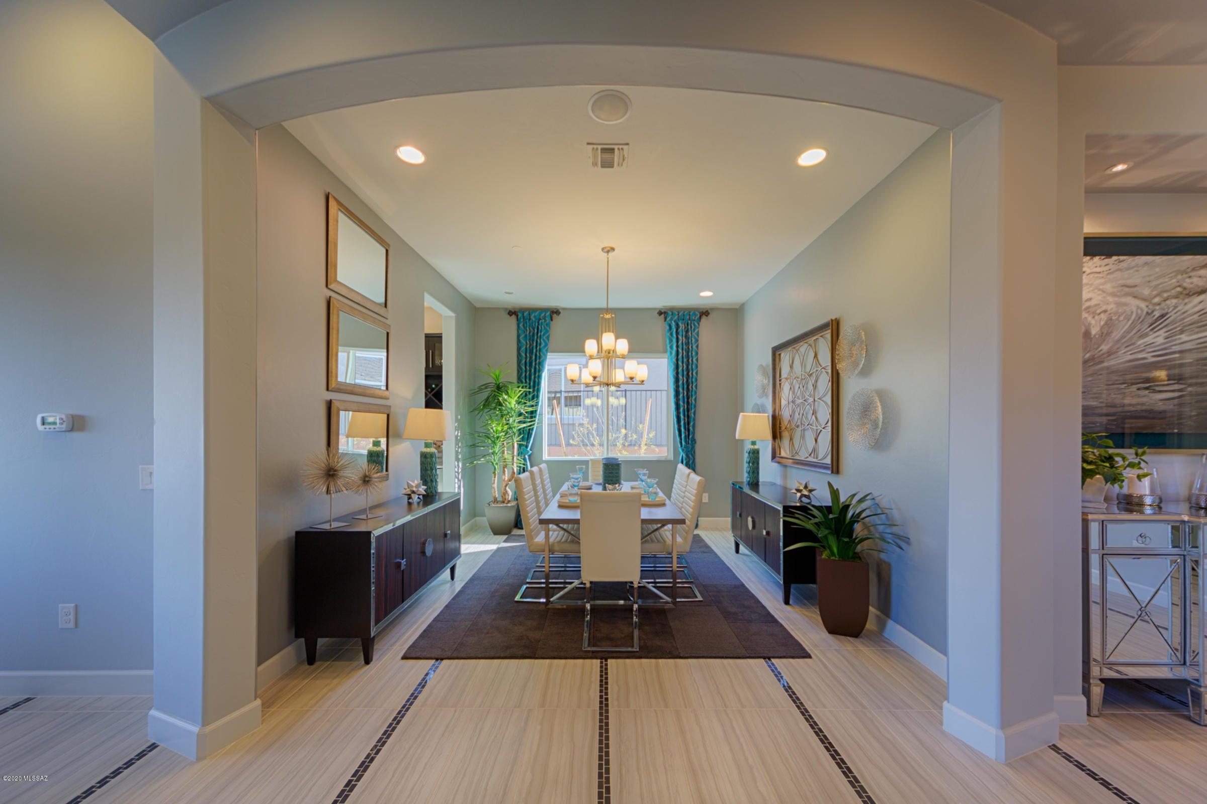 465 E Sweet Clover Court, Oro Valley, AZ 85755