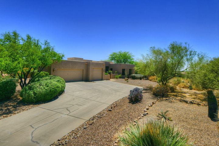 989 W Painted Clouds Place, Oro Valley, AZ 85755