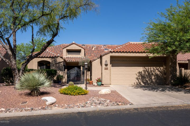 6091 N Golden Eagle Drive, Tucson, AZ 85750