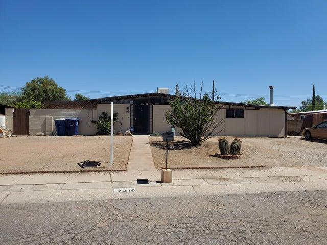 7210 E Elbow Bay Drive, Tucson, AZ 85710