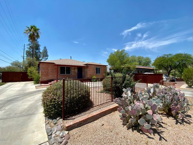 3038 E Drachman Street, Tucson, AZ 85716