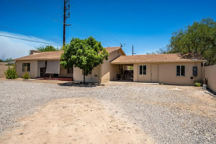 105 S Longfellow Avenue, Tucson, AZ 85711