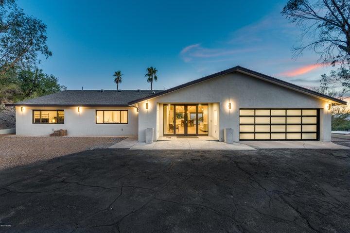 6251 N Camino Esquina, Tucson, AZ 85718