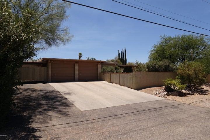 8850 E Wrightstown Road, Tucson, AZ 85715