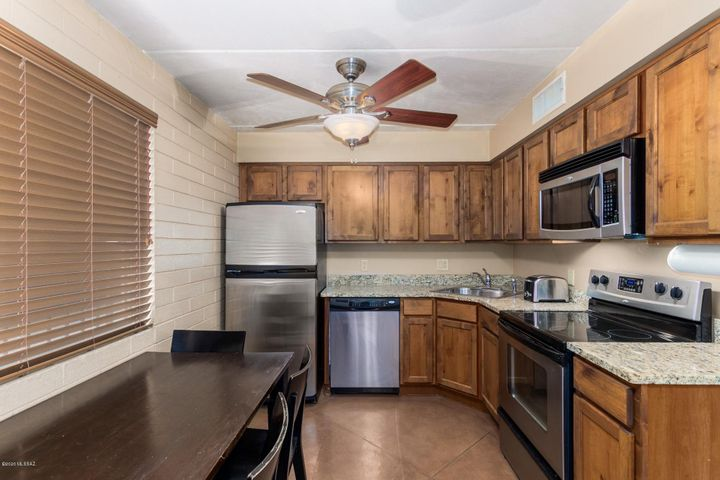55 N Cherry Avenue, 105, Tucson, AZ 85719