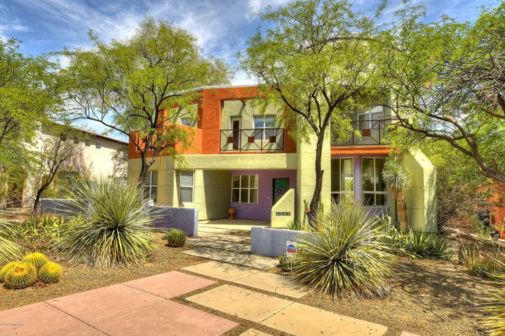 Artful entrance 3211. 2nd Story full length balcony. Great views+ outdoor enjoyment from perched privacy. Bedrooms #2, #3, loft/library accesses.