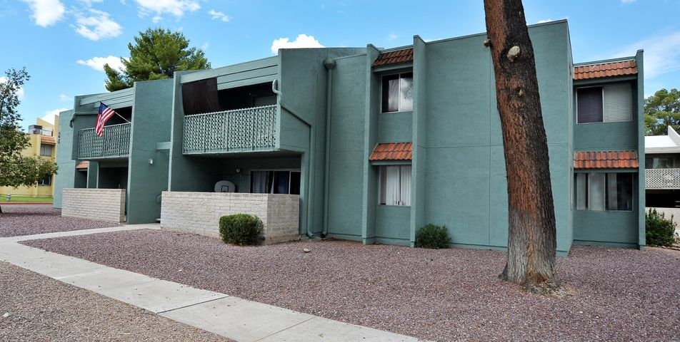 824 Langley Avenue, 102, Tucson, AZ 85710