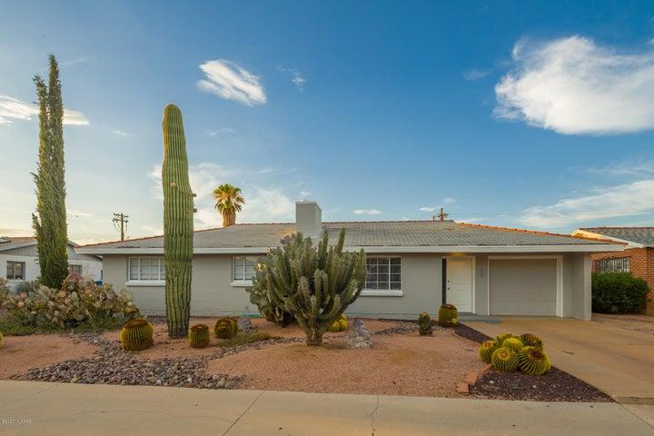 2733 E Manchester Street, Tucson, AZ 85716