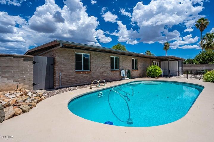 9024 E Calle Bogota, Tucson, AZ 85715