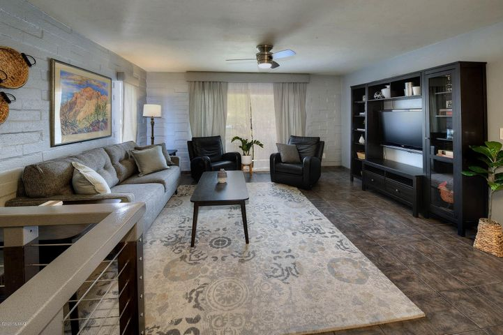 961 N Euclid Avenue, 128, Tucson, AZ 85719