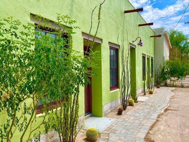 519 S Russell Avenue, Tucson, AZ 85701