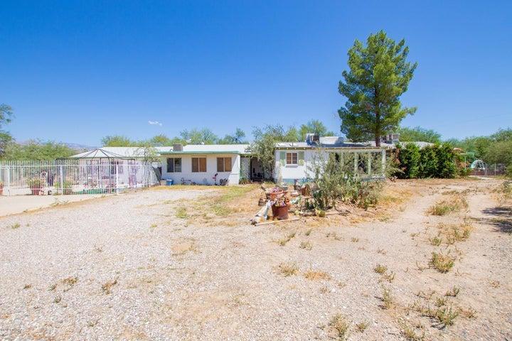 8440 E Tanque Verde Road, Tucson, AZ 85749