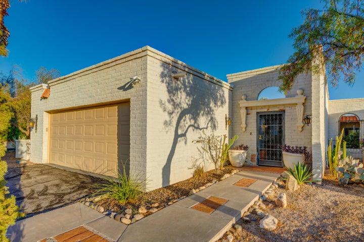 4756 E Brisa del Sur, Tucson, AZ 85718