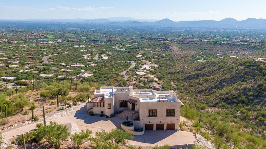 6941 N Finger Rock Place, Tucson, AZ 85718