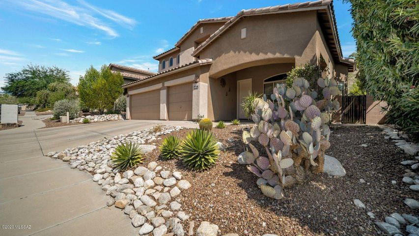 4310 N Sunset Cliff Drive, Tucson, AZ 85750