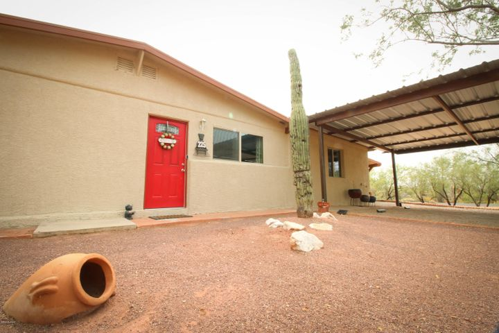 225 W Spring Valley Drive, Oro Valley, AZ 85704