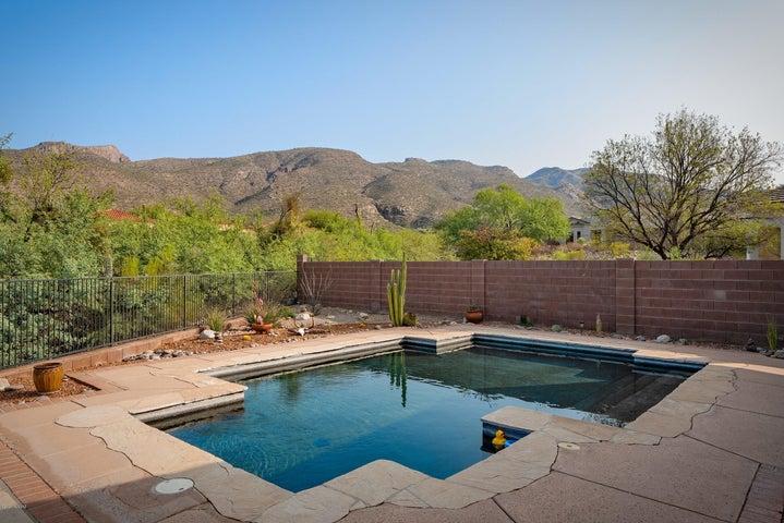 5111 N Fairway Heights Drive, Tucson, AZ 85749