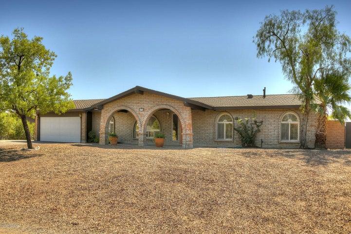 6452 E Calle de Amigos, Tucson, AZ 85750