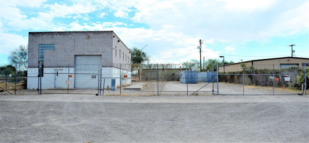 542 E 28th Street, South Tucson, AZ 85713