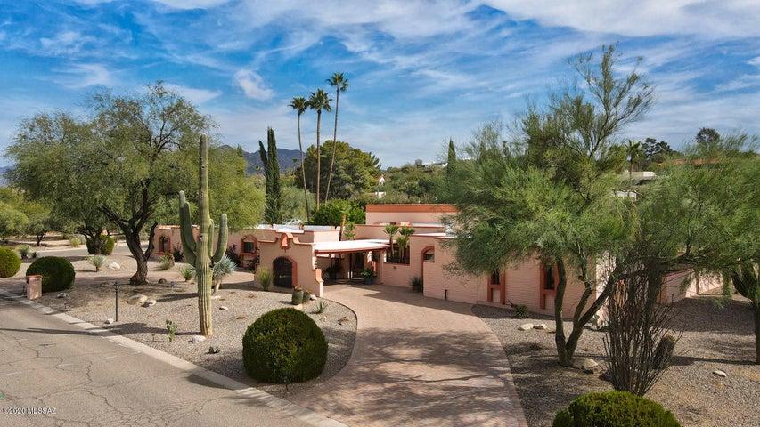 7940 N Tuscany Drive, Tucson, AZ 85742