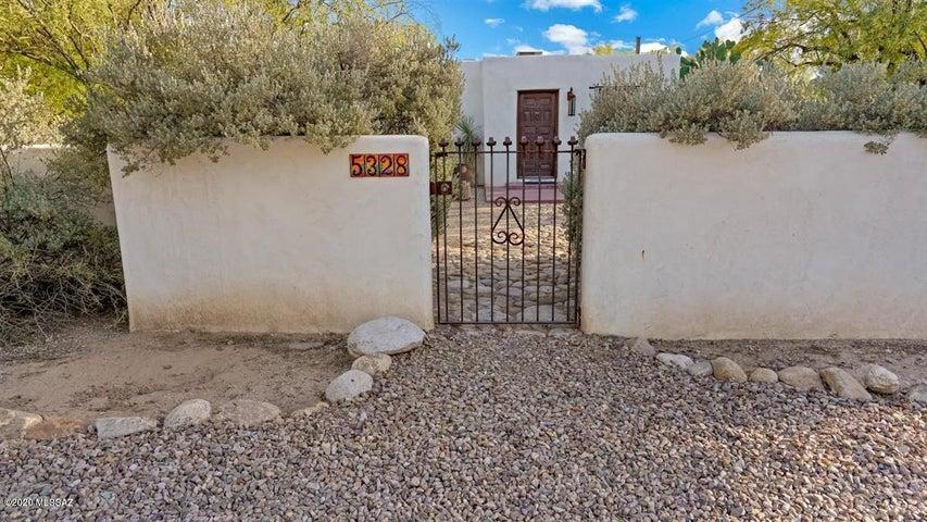 5328 E Fort Lowell Road, Tucson, AZ 85712