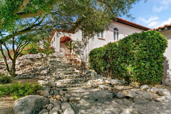 8445 E Hilldale Place, Tucson, AZ 85750