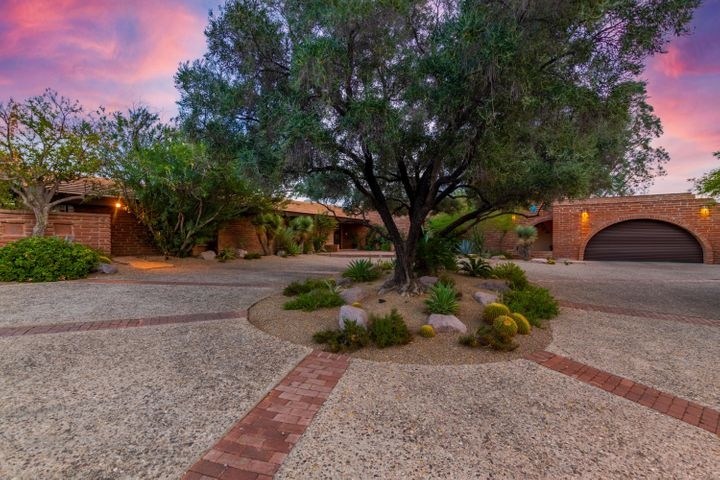 6 bedroom, 6 bathroom home. 5,813 Sqft. Gorgeous city, mountain and desert views.