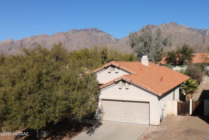 7645 E Via Los Arbustos, Tucson, AZ 85750