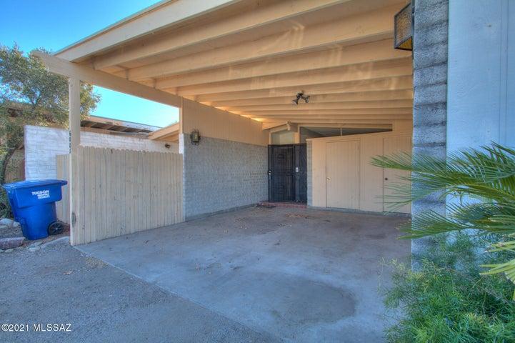 6008 E Grant Road, Tucson, AZ 85712