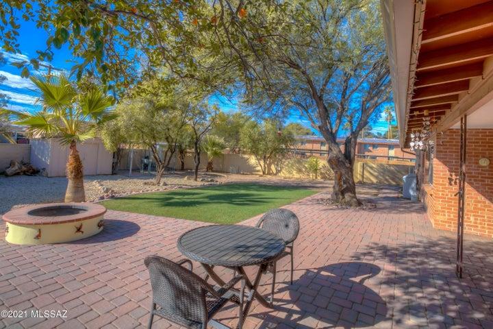 2215 N Frannea Drive, Tucson, AZ 85712