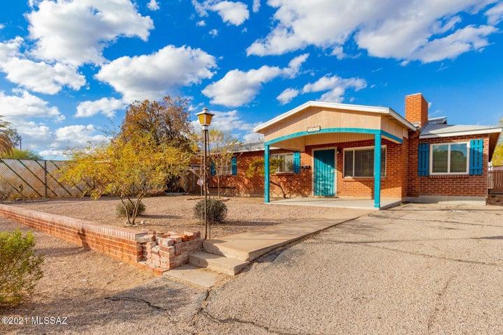 2917 E Seneca Street, Tucson, AZ 85716