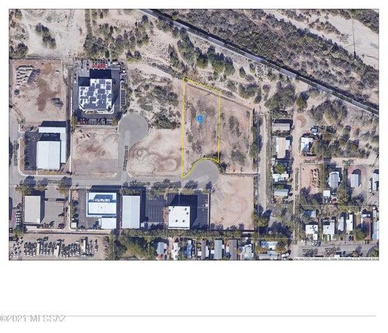1620 W modern Court, 8, Tucson, AZ 85712