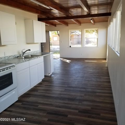 3722 N Estrella Avenue, Tucson, AZ 85705