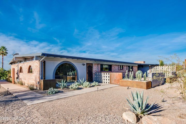 5231 E Camino Bosque, Tucson, AZ 85718