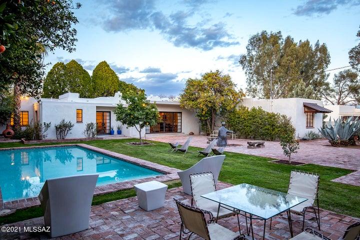 pool and lush oasis