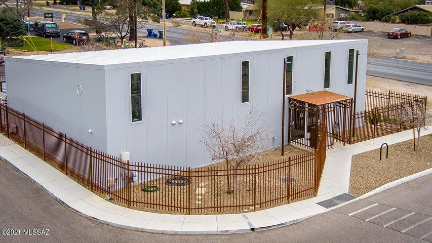 3518 N Country Club Road, Tucson, AZ 85716