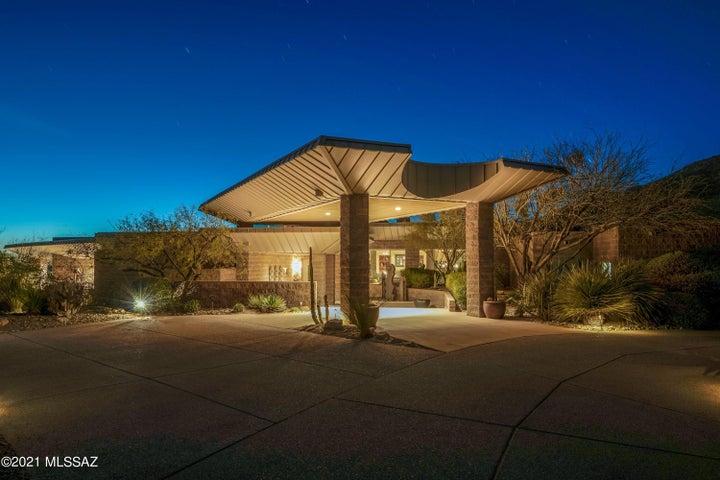 3657 E Canyon Wind Place, Tucson, AZ 85718