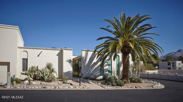 6100 N Oracle Road, 9, Tucson, AZ 85704