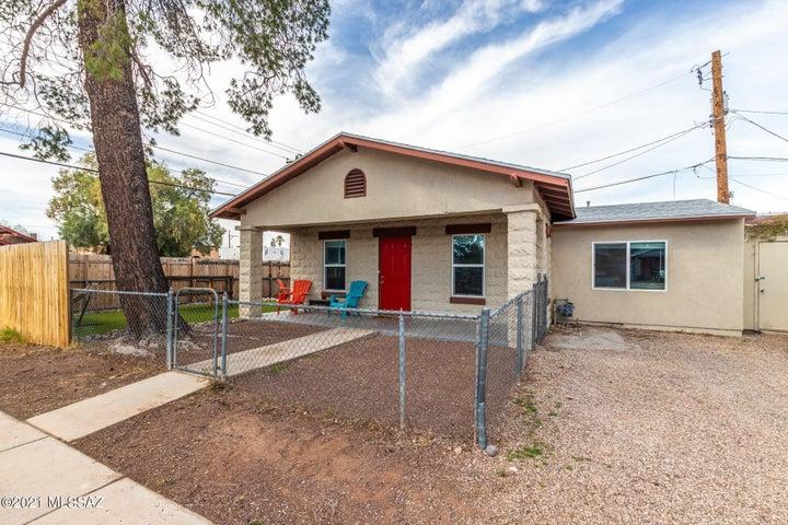 1305 N Tyndall Avenue, Tucson, AZ 85719