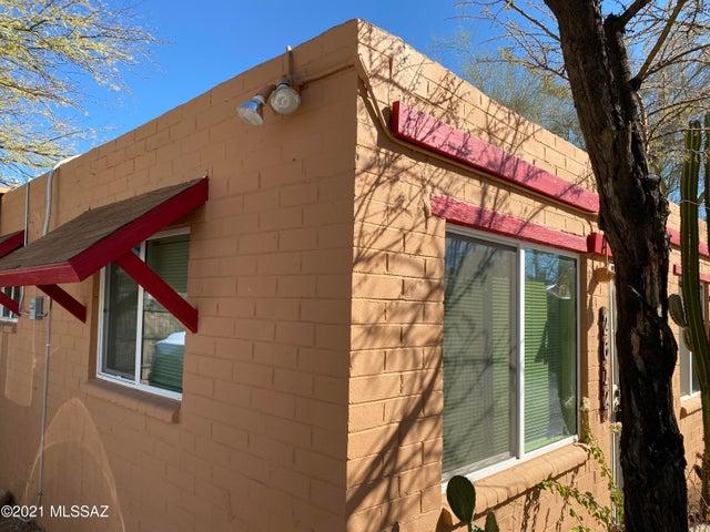 2606 N Columbus Boulevard, Tucson, AZ 85712